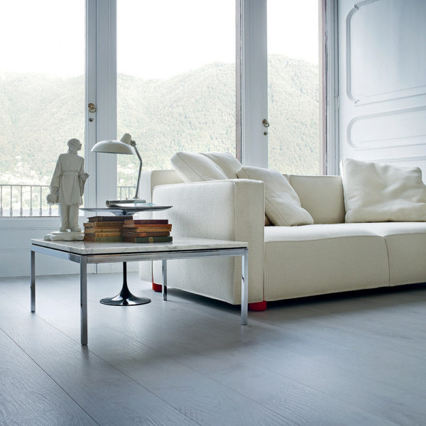 White Barber Osgerby Sofa from Knoll