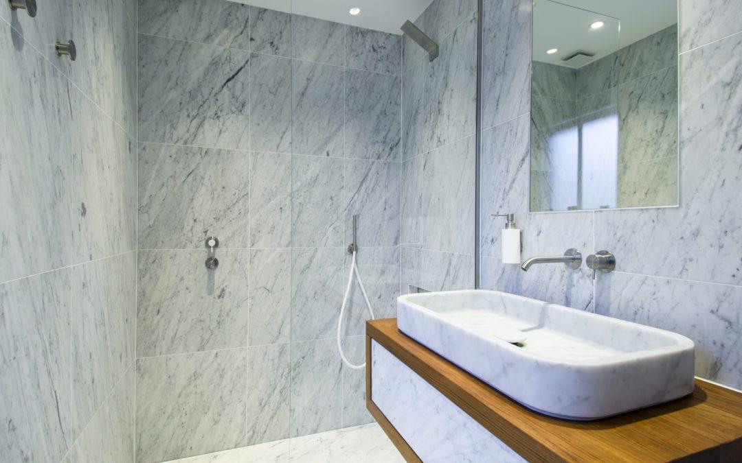Neutra bathrooms in Primrose Hill by Carly Madhvani