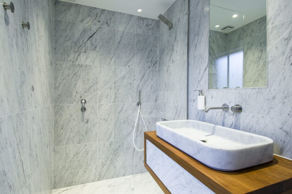 Neutra bathrooms in Primrose Hill by Carly Madhvani