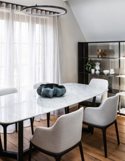 Poliform Dining table